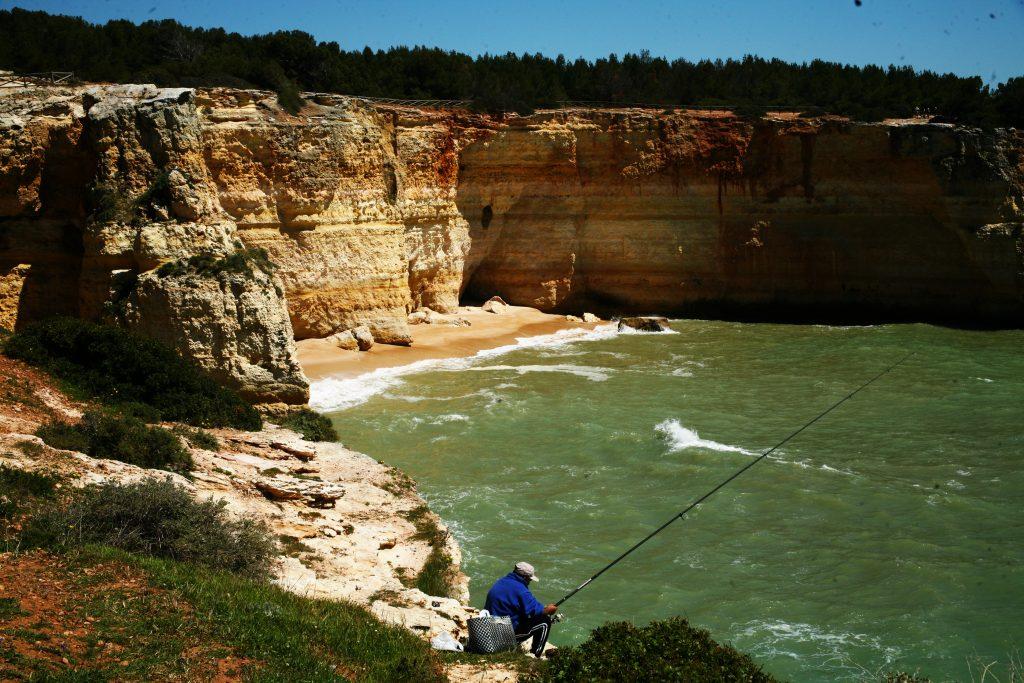 Fisherman-benagil-cave